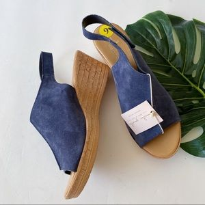 NWT | A . GIANNETTI | LEATHER | WEDGE SANDALS